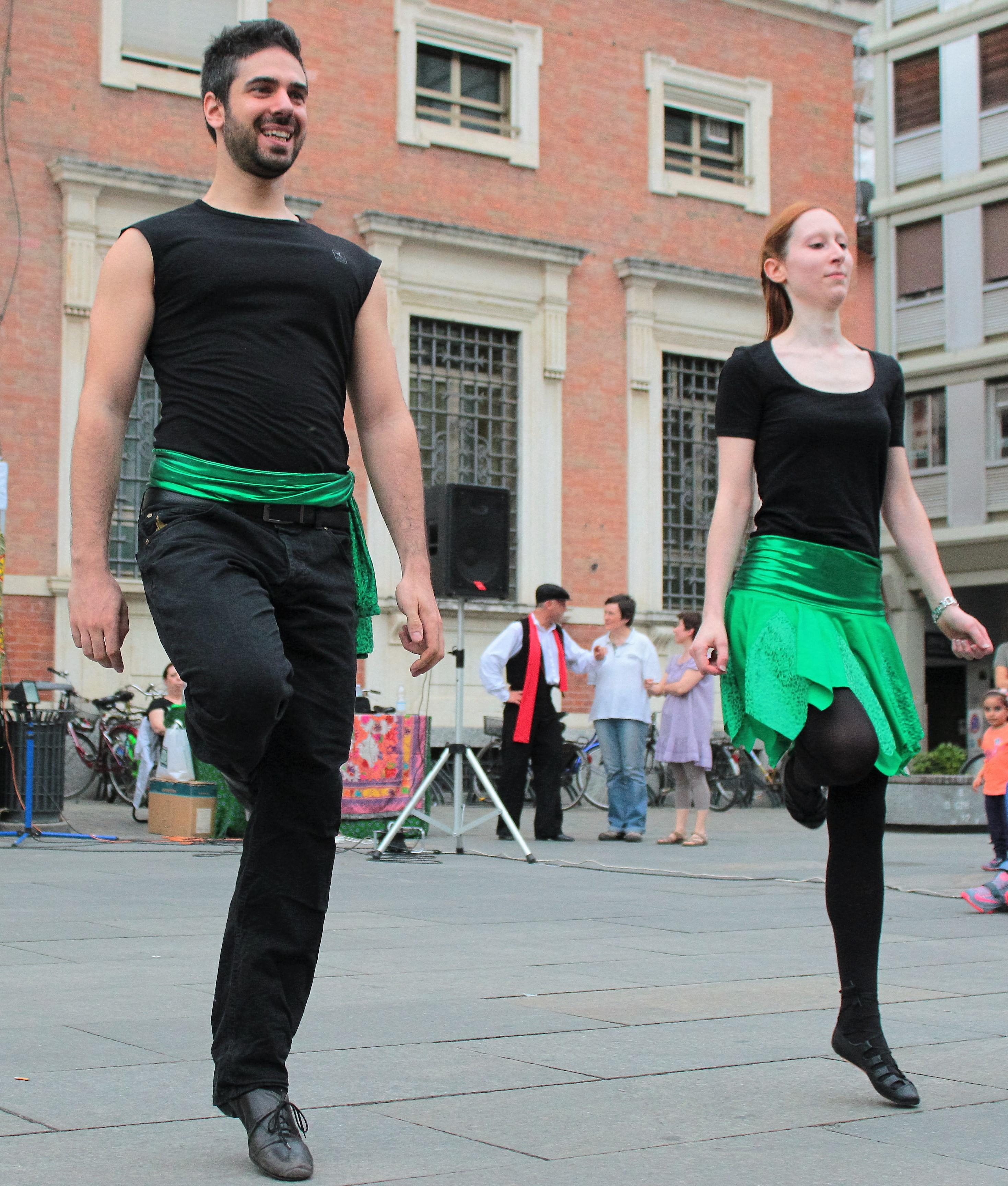 https://www.balliamosulmondo.net/corsi/danza-irlandese/